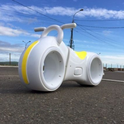 Беговел Star One Scooter - DB002 бело- желтый (устойчивые колеса, подсветка, музыка)